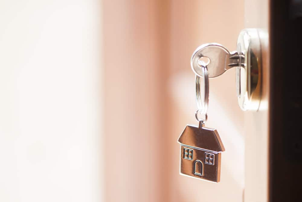 Remise des clefs de votre construction neuve, suite à la réception de vos travaux de construction en Provence