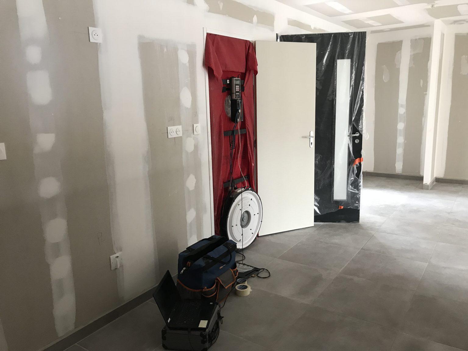RT2012 TEST BLOWER DOOR